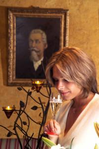 53 aziende da 40 milioni in giù, Rosanna Carpenè guida con il padre Etile la nota maison di Prosecco docg