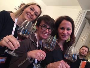 Ragazze sprint: Carlotta Pasqua, Violante Gardini, Silvia Franco, amiche e socie di Agivi, di cui Carlotta è presidente